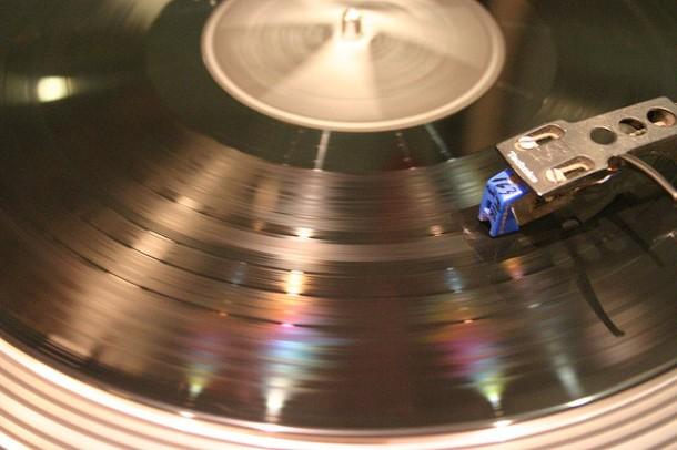 Vinyl by dotpolka