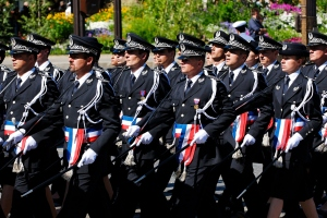 Trainees from the École nationale supérieure de la Police on Bastille Day, 2008. Photo by Marie-Lan Nguyen (CC BY 2.0)